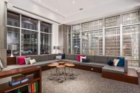 Lobby lounge area |1600 Glenarm