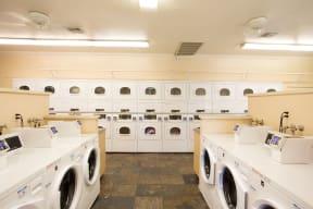 Laundry center | Hilands