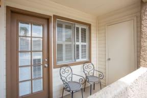 Private balcony    Promontory