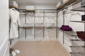 Spacious closets   Glenn Perimeter
