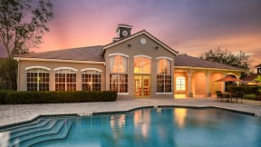 Pool and clubhouse | Royal St. George