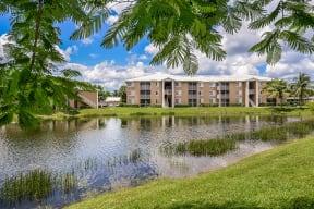 Apartments with water views | Promenade at Reflection Lakes