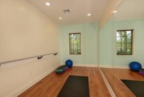 Dance studio | Apartment amenities | Promenade at Reflection Lakes