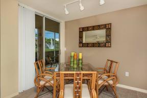 Dining room | 1 bedroom apartment | Promenade at Reflection Lakes