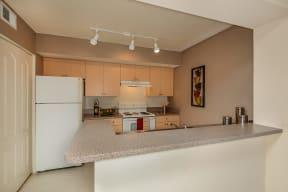 Kitchen | breakfast bar | Promenade at Reflection Lakes apartment
