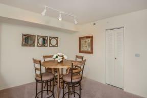 Dining Room | Promenade at Reflection Lakes apartments