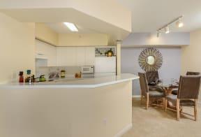 Kitchen and dining room | Via Lugano