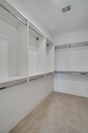 Spacious Walk-In Closets At Boutique 28 Apartments In Minneapolis, MN