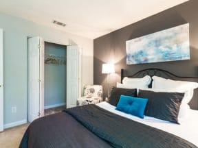 Laurens Way Apartments bedroom