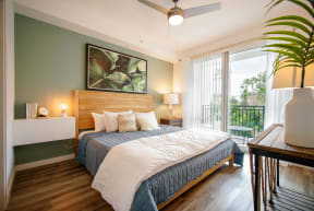 10X Ft. Lauderdale Apartment Bedroom