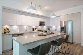 10X Ft. Lauderdale Apartment Kitchen