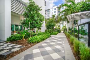 10X Ft. Lauderdale Outdoor Walkway