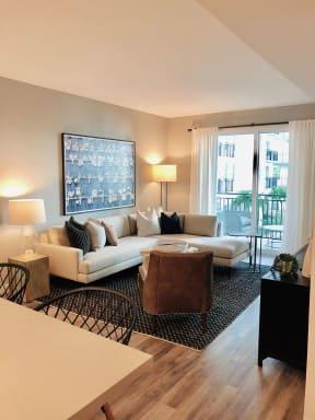 10X Ft. Lauderdale Living Room