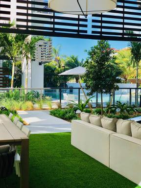 10X Ft. Lauderdale Pool Lounge