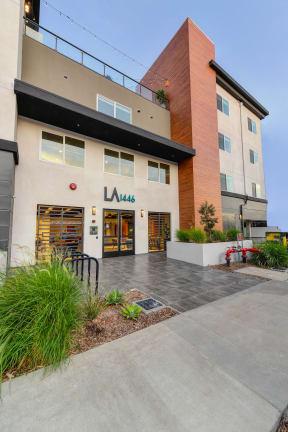 La1446 building entrance street view