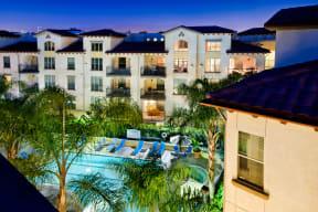Beautiful Apartment Community Setting at Windsor Lofts at Universal City, Studio City, CA