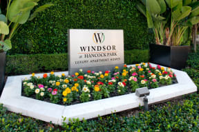 Professional, On-Site Management at Windsor at Hancock Park, Los Angeles, 90004