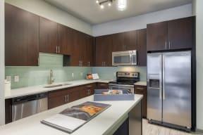 High Rise Luxury Apartments at Windsor West Lemmon, 3650 Cedarplaza Lane, TX