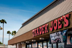 Grocery Stores Nearby at Windsor Lofts at Universal City, 4055 Lankershim Blvd., Studio City