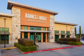 Close To Barnes & Noble at Windsor by the Galleria, Dallas, 75240