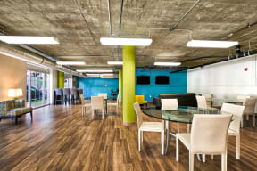 Business lounge with wifi at Allegro at Jack London Square