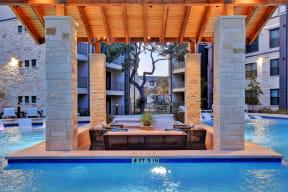 Swim Up Lounge at Windsor Ridge, Texas