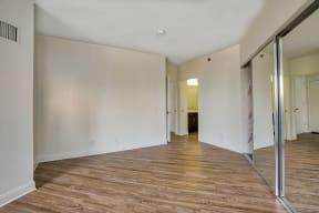Bedroom with closet at Renaissance Tower, California, 90015