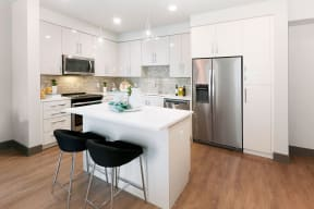 Modern Kitchen With Stainless Steel Appliances And Double Door Refrigerators at Blu Harbor by Windsor, 1 Blu Harbor Blvd, Redwood City