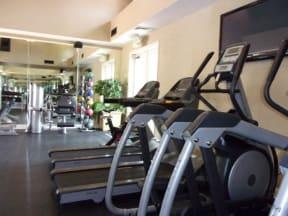 Fitness Center  l Vineyard Gate Apartments in Roseville CA