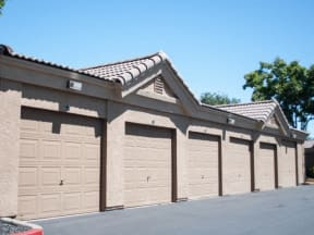 Garages l  l Vineyard Gate Apartments in Roseville CA