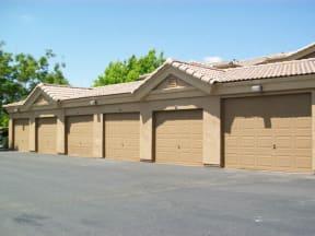 Garages l Vineyard Gate Apartments in Roseville CA