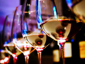 wine glasses  l Vineyard Gate Apartments in Roseville CA