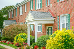Bondale Apartments in Norfolk VA Exterior