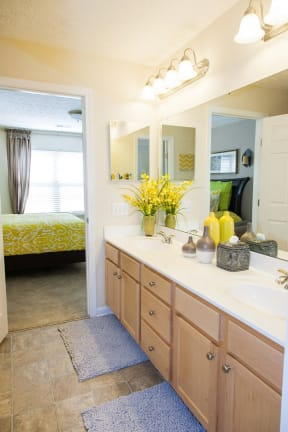 Four Bridges Luxury Apartments Liberty Township