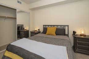Bedroom and closet l Metro 510 Apartment for rent in Riverside Ca