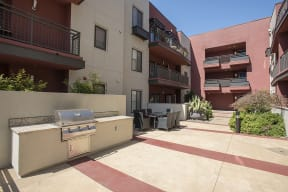 Courtyard are with BBQ l Metro 510 Apartments in Riverside Ca