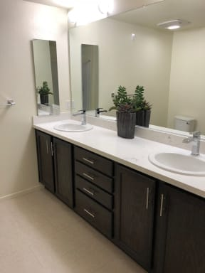 Bathroom l Metro 510 in Riverside Ca