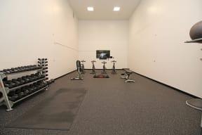 Fitness Center l Oak Brook Apartments in Rancho Cordova CA