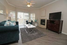 Living Room l Oak Brook Apartments in Rancho Cordova CA