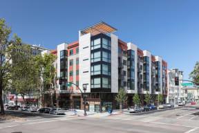 Exterior Building  l 777 Broadway Apartments in Oakland