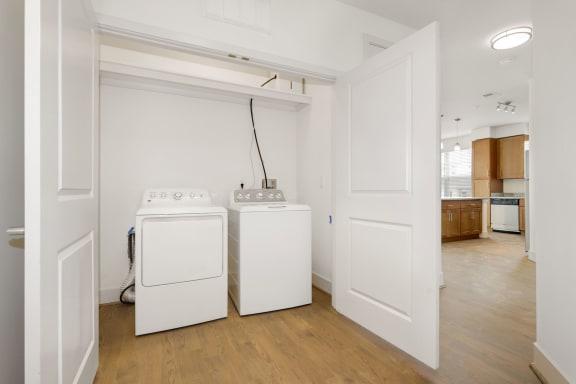 B2B Laundry at Avenue Grand, White Marsh, MD, 21236