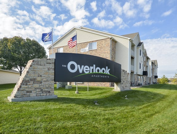 The Overlook Monument Sign