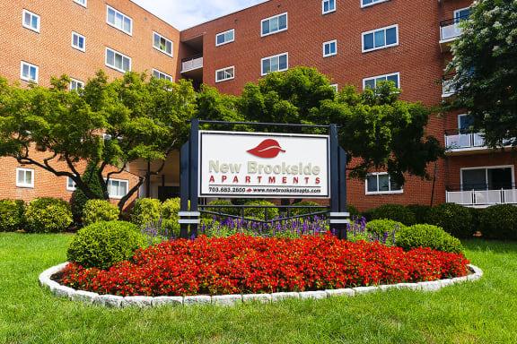 New Brookside Apartments Signage