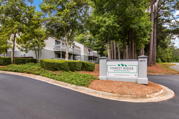 Entrance of Forest Ridge apartments in Macon, GA