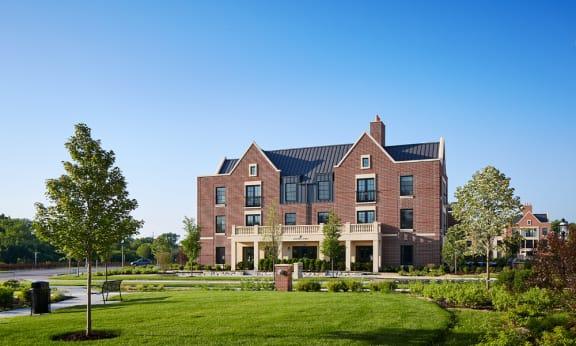 Kelmscott Park Apartment Homes - Exterior View