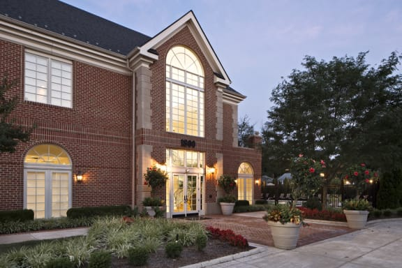 Best Apartment Rentals in National Landing Arlington VA