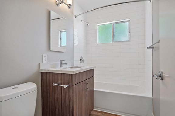 Bright Bathroom at Colonial Garden Apartments, San Mateo, 94401