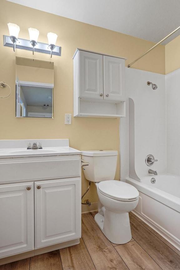 Bathroom With Bathtub at Peninsula Pines Apartments, California