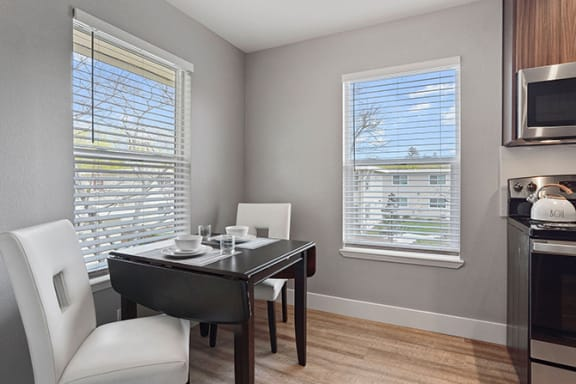 Elegant Dining Space at Parkside Apartments, California, 95616