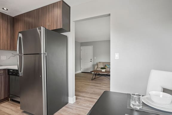 Fully Equipped Eat-In Kitchen at Parkside Apartments, California